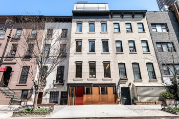 Gorgeous Upper East Side 5 Bedroom Townhouse with Carriage House